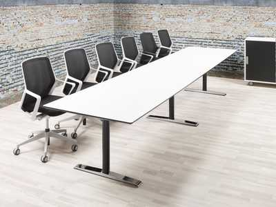 cube_quadro-conference-table.jpg