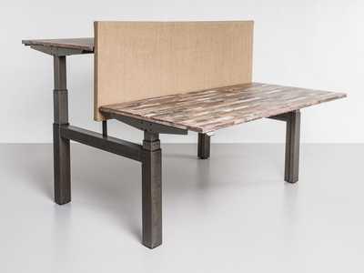 TANDEM_in_hoogte_verstelbaar_bureau_benches_design_meubel_elektrisch.jpg