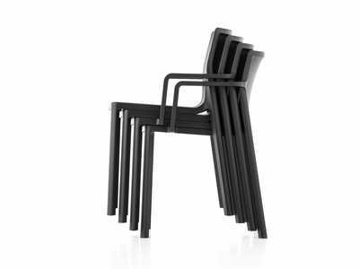 lp-armchair-kristalia.jpg
