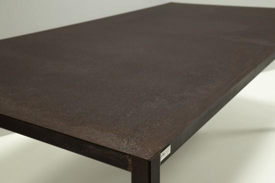 QUATRO Table