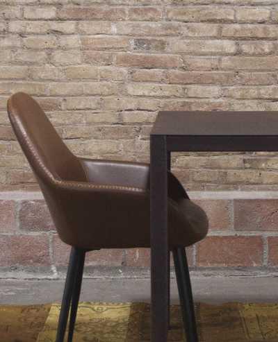 plm-design-barcelona-quatro-tafel-metal.jpg