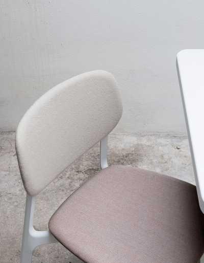Colander_chair_padded.jpg