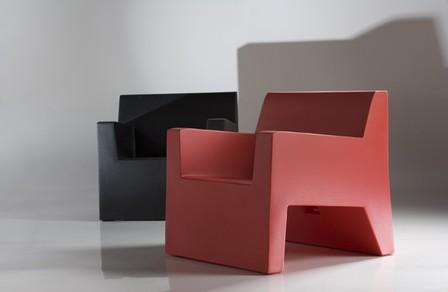 JUT Lounge Chair