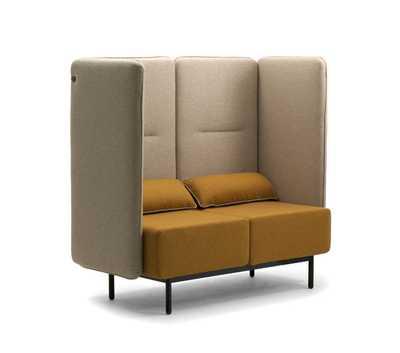 high-back-lounge-sofas-around-leyform.jpg