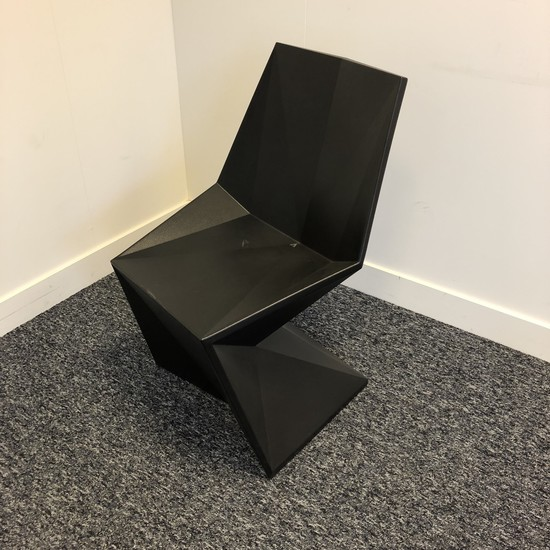 VERTEX Chair SHOWROOM OUTLET